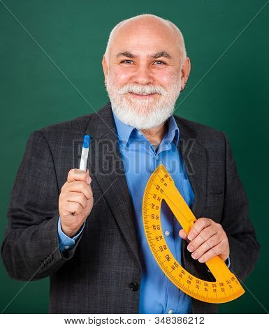 Mature lecturer share knowledge. Stem knowledge. Knowledge concept. Investigation and research. Develop attitude openness and flexibility towards learning. Man bearded tutor chalkboard background stock photo