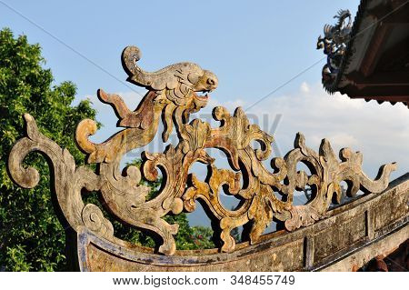 Wooden dragon on the roof of the Long Son Temple, Nha Trang, Vietnam stock photo