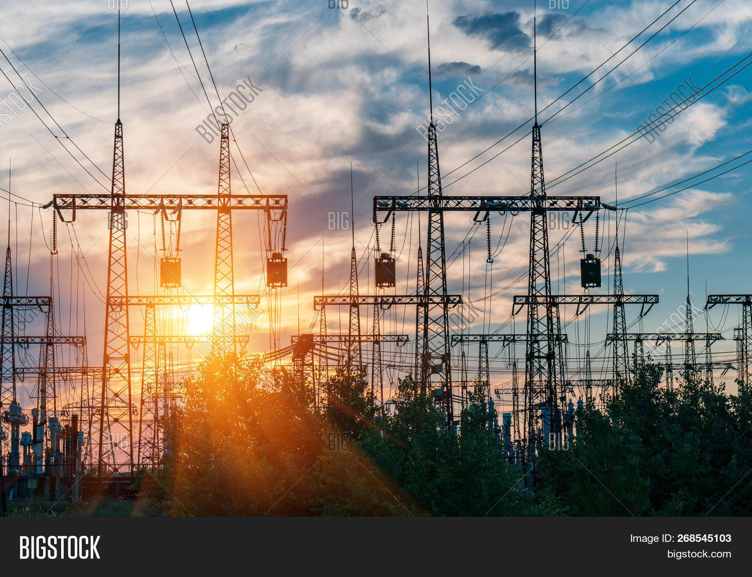 cable,current,distribution,electric,electrical,electricity,energy,engineering,equipment,grid,high,industrial,industry,infrastructure,lines,plant,power,provider,pylon,sector,station,structure,substation,supply,tariff,technology,towers,transformer,transmission,volt,voltage,watt,wire
