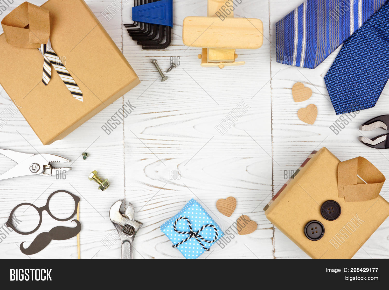 background,blue,border,box,bright,brown,card,celebration,concept,copy,culture,dad,day,decor,decoration,fashion,fathers,flat,frame,gift,glasses,greeting,group,holiday,june,lay,layout,love,many,masculine,moustache,mustache,necktie,objects,overhead,paper,present,shirt,space,style,tie,tools,top,traditional,view,vintage,white,woden,wood,wooden