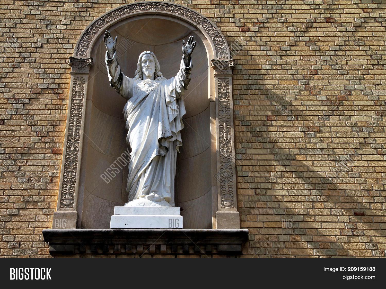 Christ,Christianity,Jesus,Messiah,bible,black,brown,commandments,concept,cross,divine,eternal,family,father,followers,ghost,god,gospel,heaven,historical,holy,inherit,king,kingdom,knowledge,life,lord,love,man,martyr,philosopher,prophet,redeemer,religion,resurrected,salvation,save,savior,sin,son,spiritually,teacher,truth,universality,value