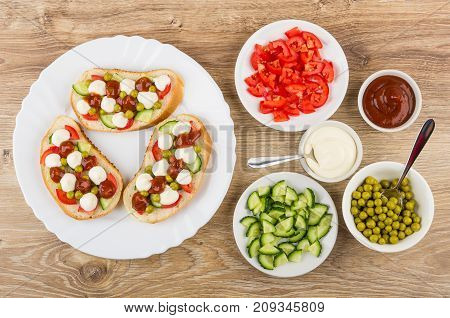 Sandwiches With Vegetables And Mayonnaise In Dish And Ingredients