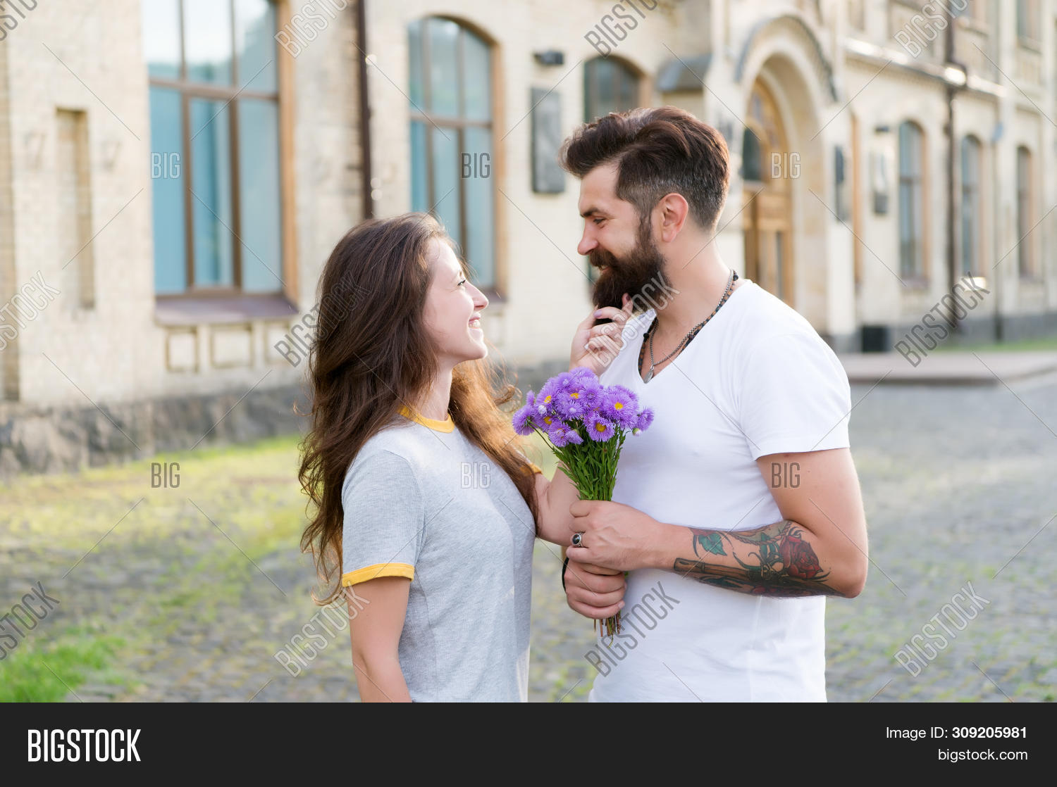 True Feelings. Pick Up Girl For Date. Bearded Hipster Fall In Love. Couple Meeting For Date. Bouquet