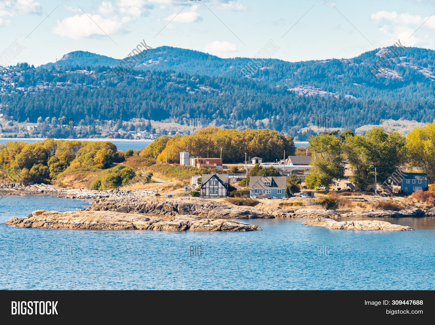 architecture,autumn,bay,bc,beautiful,british,building,canada,canadian,city,coast,coastal,coastline,colorful,columbia,day,destination,drone,fall,harbor,harbour,houses,island,lake,landscape,mountainous,mountains,nature,ocean,outdoor,pine,range,residence,residential,residents,scenery,scenic,sea,season,sunny,travel,trees,urban,vacation,victoria,view,water,waterfront
