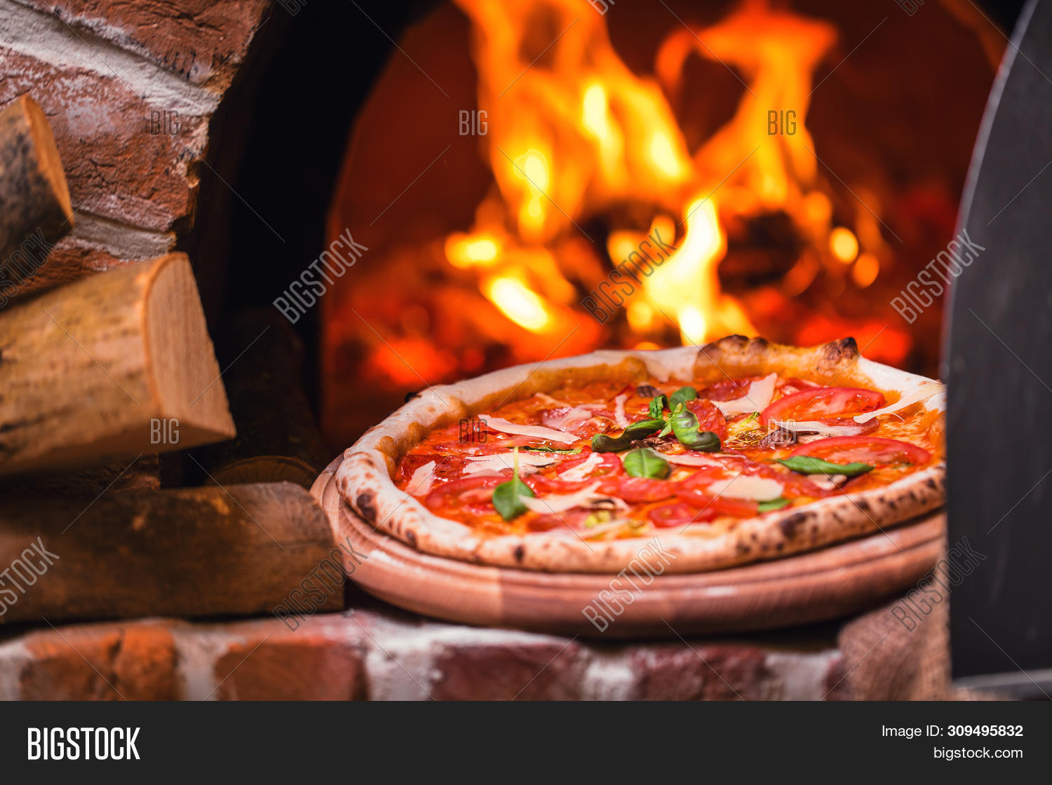 background,bake,baked,blaze,bread,brick,burn,burning,business,chamber,cheese,cook,cooking,cuisine,culture,delicious,dinner,dough,fast,fire,fireplace,firewood,flame,food,glow,heat,hot,inside,italian,italy,kitchen,light,meal,menu,mozzarella,natural,open,oven,pizza,pizzeria,red,restaurant,stone,stove,taking,tasty,traditional,wood