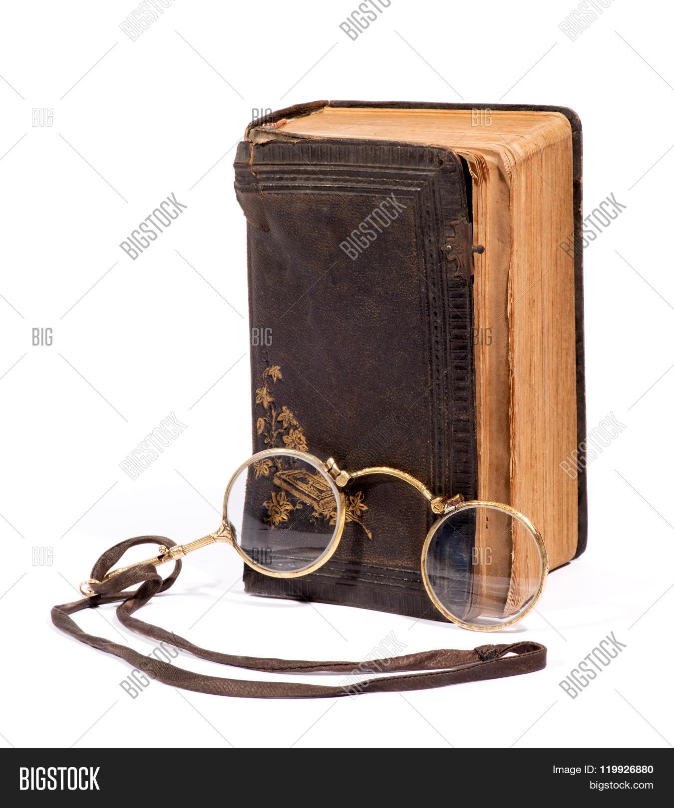 antique,book,bygones,collectible,eyeglasses,eyesight,glasses,isolated,leather,optical,pince-nez,reading,vintage,vision,worn
