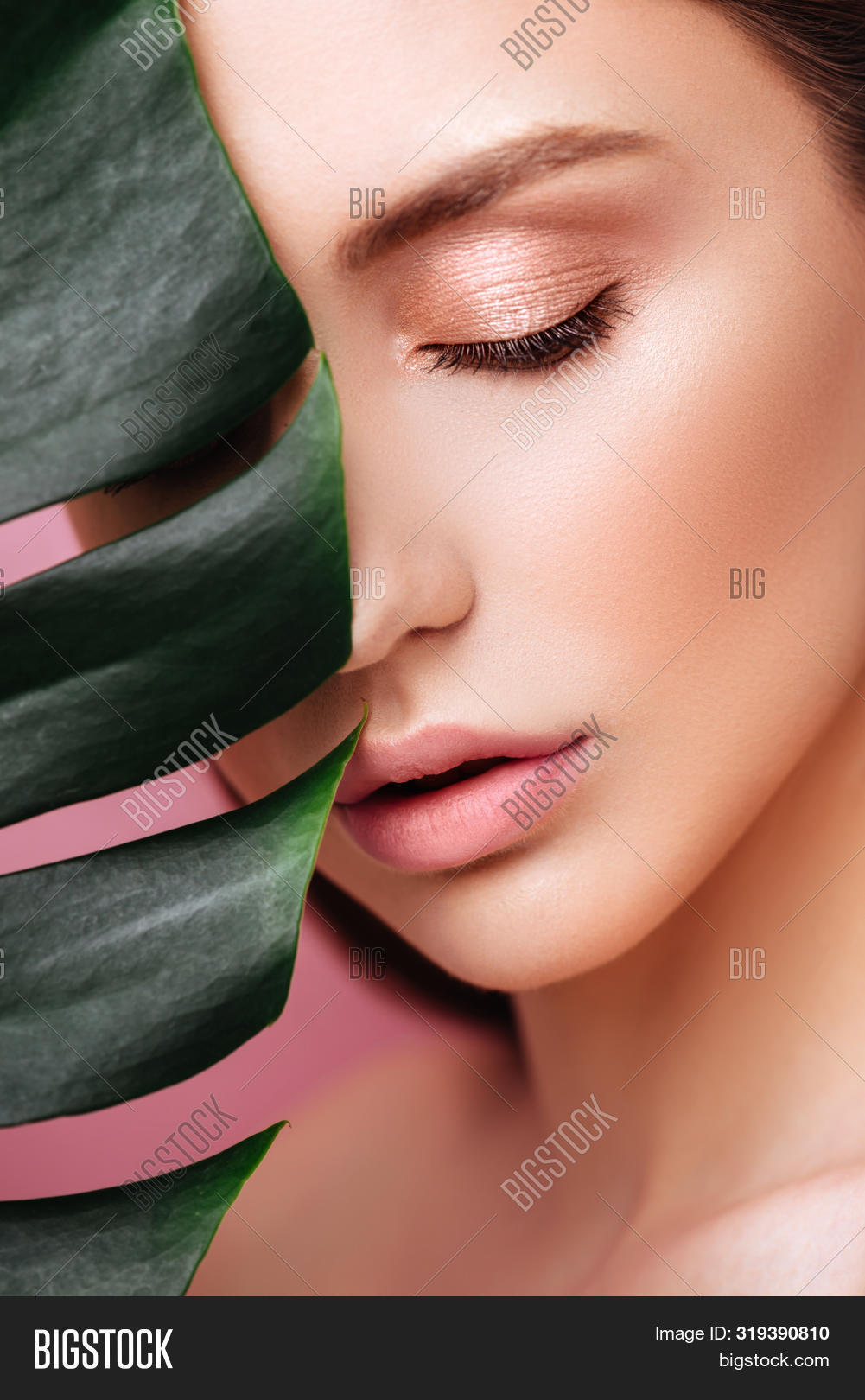 adult,art,attractive,background,beach,beautiful,beauty,brunette,care,close,color,eye,eyeshadow,face,facial,fashion,female,fresh,girl,glamour,green,hair,hand,health,healthy,leaf,lips,make-up,makeup,model,natural,nature,palm,perfect,person,pink,portrait,pretty,sensuality,sexy,skin,spa,spring,summer,sun,tree,tropical,vacation,woman,young