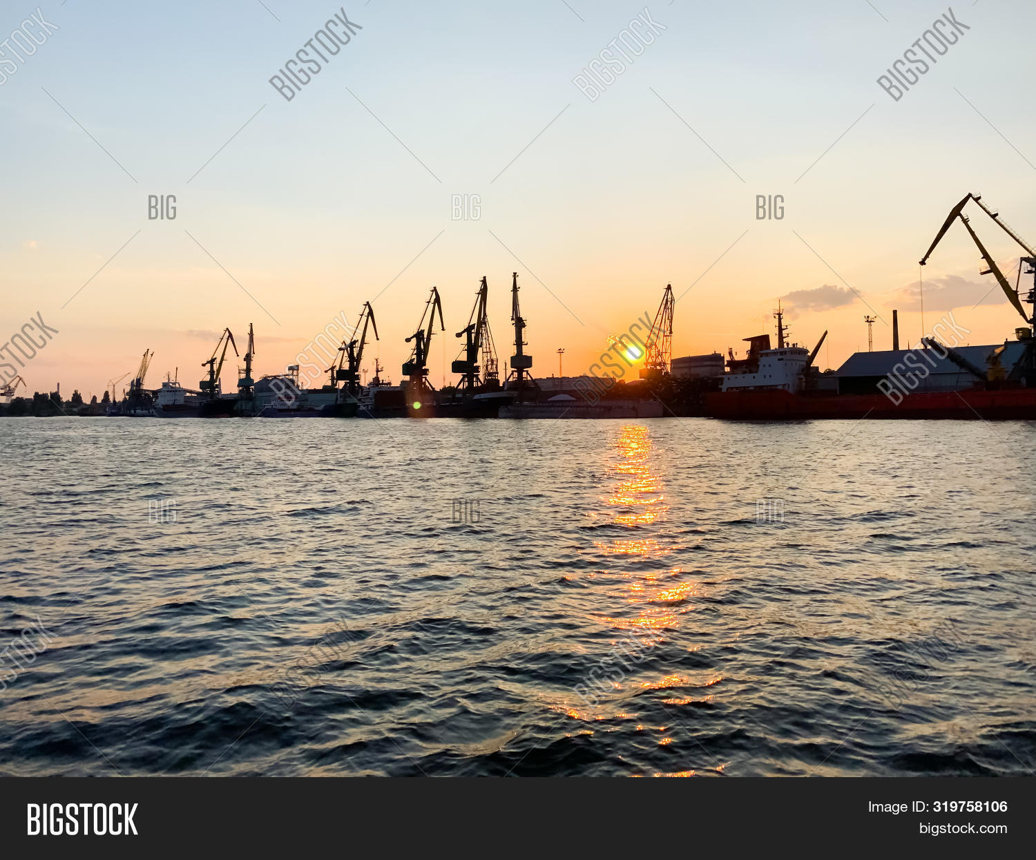 beautiful,building,busy,canal,cargo,city,cityscape,delivery,dnieper,dnipro,economics,factories,goods,hub,industrial,industry,infrastructure,kherson,loading,logistics,mobile,night,photo,plants,port,reservoir,river,sea,shipping,ships,sky,south,storage,stream,summer,sun,sunset,tourism,trade,traffic,transport,transportation,travel,ukraine,unloading,vessel,view,water