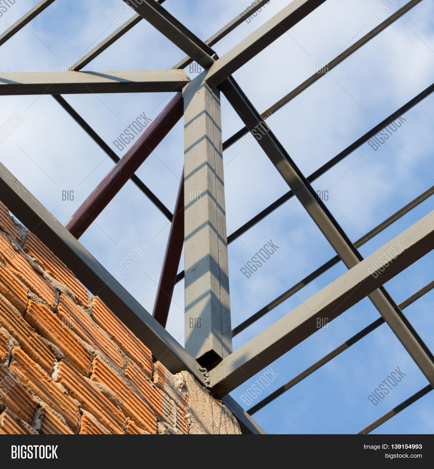 Steel Beams Roof Truss Residential Building Construction