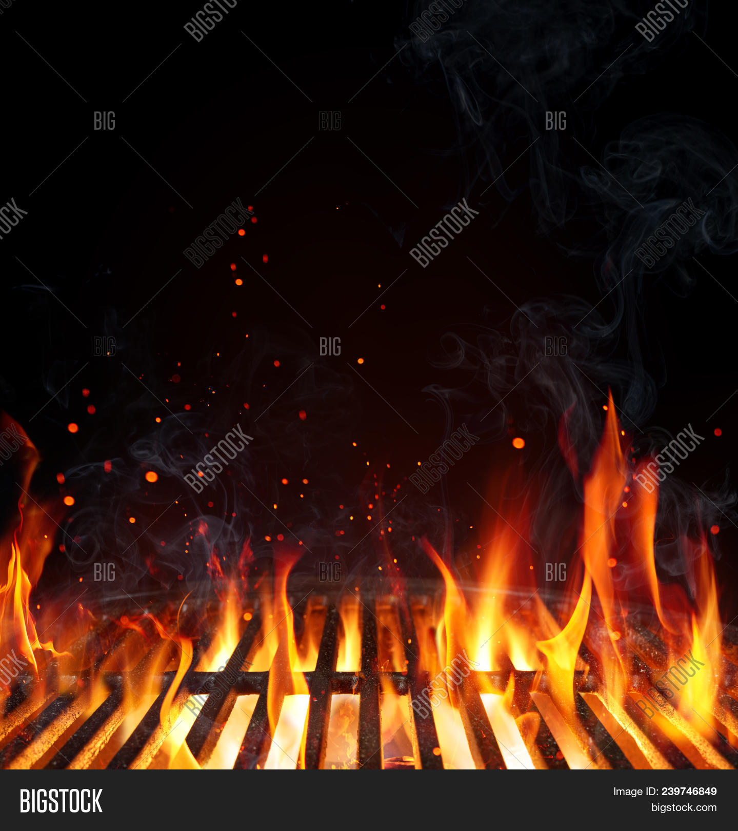 background,barbecue,barbeque,bbq,black,blank,braai,broil,burn,charcoal,clean,cookout,empty,fire,flame,flaming,food,grate,grid,grill,grilling,heat,hot,isolated,party,picnic,restaurant,summer