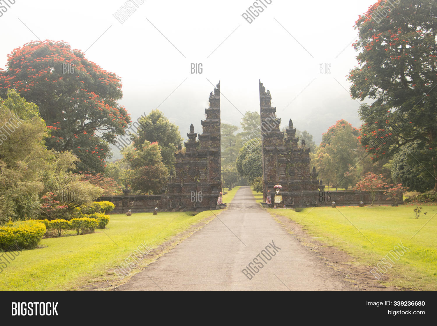 ancient,architecture,asia,attraction,background,bali,beautiful,bright,culture,destination,door,exotic,field,flora,forest,garden,gate,green,handara,holiday,impress,impressive,indonesia,landmark,landscape,mist,mountain,nature,paradise,park,relax,road,scenery,sky,stone,summer,sunlight,tourism,traditional,travel,tree,tropical,vacation,view,viewpoint