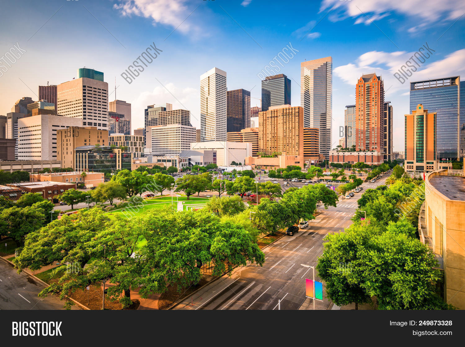 aerial,afternoon,america,american,apartments,architecture,buildings,business,city,cityscape,day,daytime,district,downtown,famous,financial,high rises,houston,landmark,landscape,location,metropolis,modern,offices,park,place,plaza,road,rooftop,root,scene,scenery,scenic,skyline,skyscrapers,south,southern,square,street,texas,tourism,town,townscape,travel,trees,tx,united states,urban,usa,view
