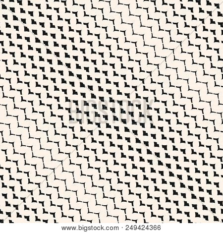 Diagonal halftone mesh seamless pattern. Illustration of smooth grid, weave, net, lattice, fabric. Curved zigzag lines. Abstract geometric texture, repeat background. Trendy design. - Stock vector stock photo