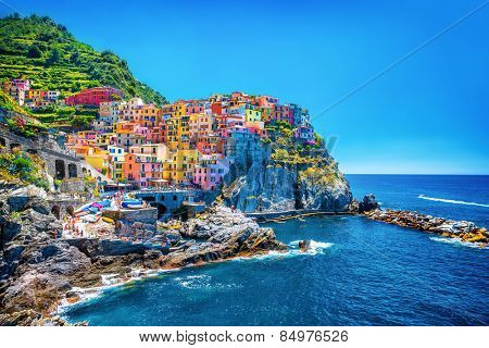 Beautiful colorful cityscape on the mountains over mediterranean sea, europe, cinque terre, traditio