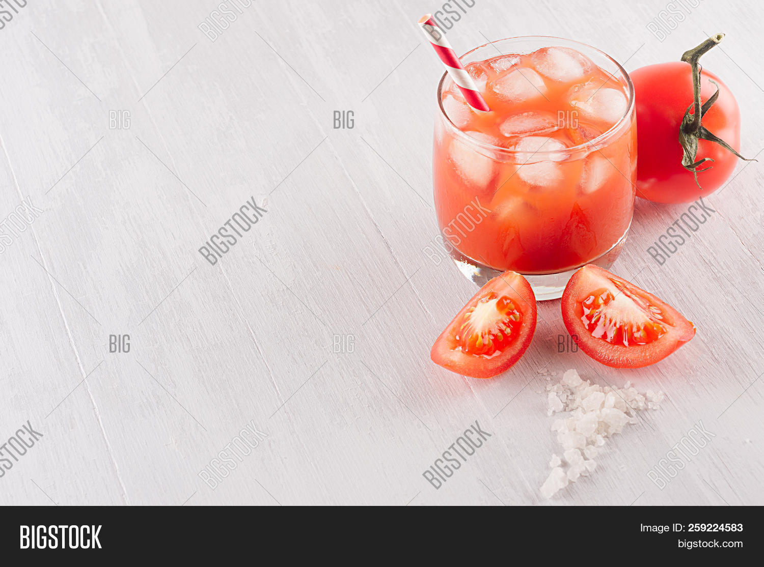 alcohol,alcoholic,background,beverage,bloody,board,border,bright,cocktail,cold,colorful,copy,cube,cut,delicious,diet,drink,drops,elegance,food,fresh,glass,glossy,healthy,ice,ingredient,juice,juicy,light,mary,misted,modern,organic,piece,pulpy,red,ripe,salt,simple,slice,soft,space,straw,tomato,vegetable,vegetarian,vitamin,white,wood