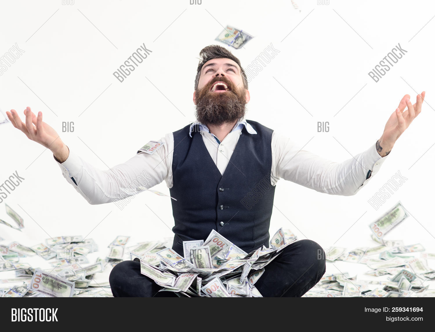 achievement,bank,banker,banking,banknote,beard,bearded,bills,bingo,bonus,business,businessman,cash,casino,currency,dividend,dollar,earn,economy,falling,finance,financial,fortune,free,freedom,fun,guy,happy,interest,investment,jackpot,lottery,man,market,men,millionaire,money,prize,profit,rain,reward,rich,salary,success,successful,suit,throw,wealth,winner