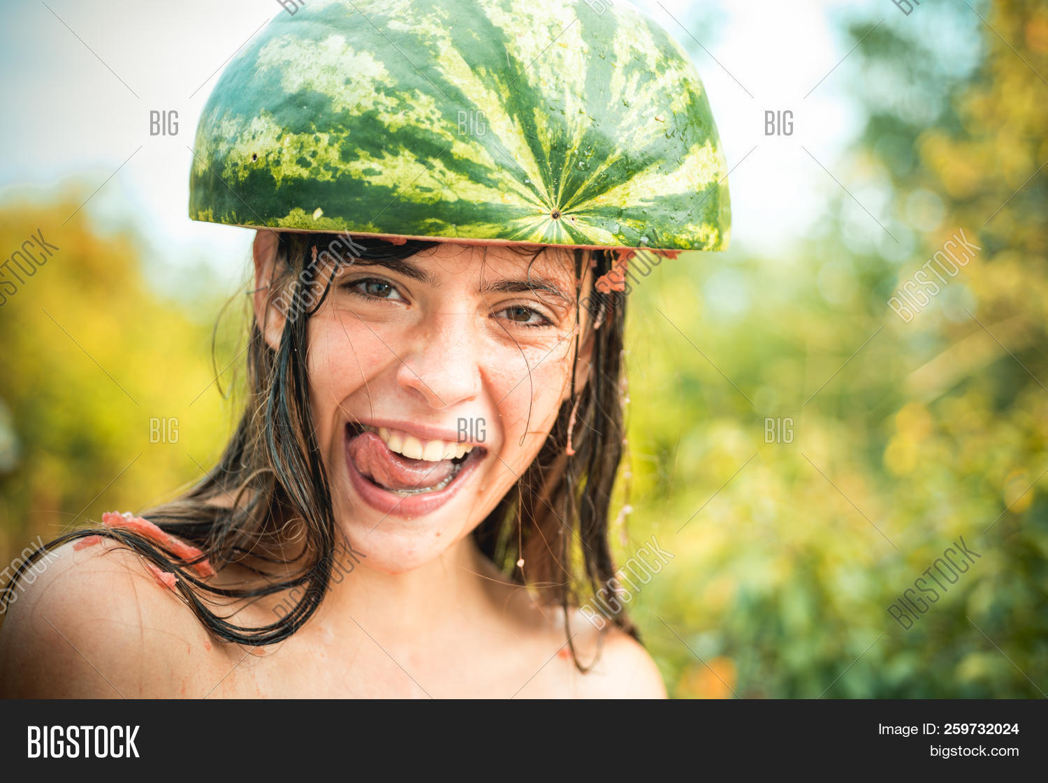 Game,attractive,beauty,bye,carefree,child,closeup,copy,crazy,croaking,decor,driver,emotions,expression,face,female,friends,funny,girl,good,green,happy,hello,helmet,joy,kitchen,leaf,life,like,model,people,portrait,pretty,season,smile,smiling,space,summer,teenager,time,trend,watermelon,woman,young