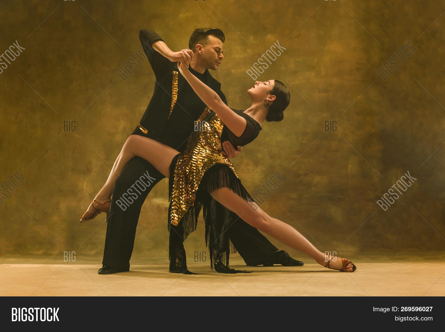 20s,action,adult,attractive,ballroom,beautiful,beauty,choreography,contemporary,couple,dance,dancers,disco,elegance,emotion,entertainment,expressions,fashion,female,girl,gold,health,hispanic,hot,latin,latino,lovely,male,man,modern,motion,movement,moving,passion,people,performance,performer,pose,posing,red,salsa,skill,sport,style,tango,two,white,woman,young