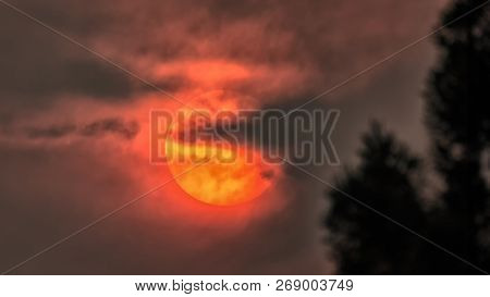 The Sun Obscured by Wildfire Smoke, Humboldt County, California stock photo