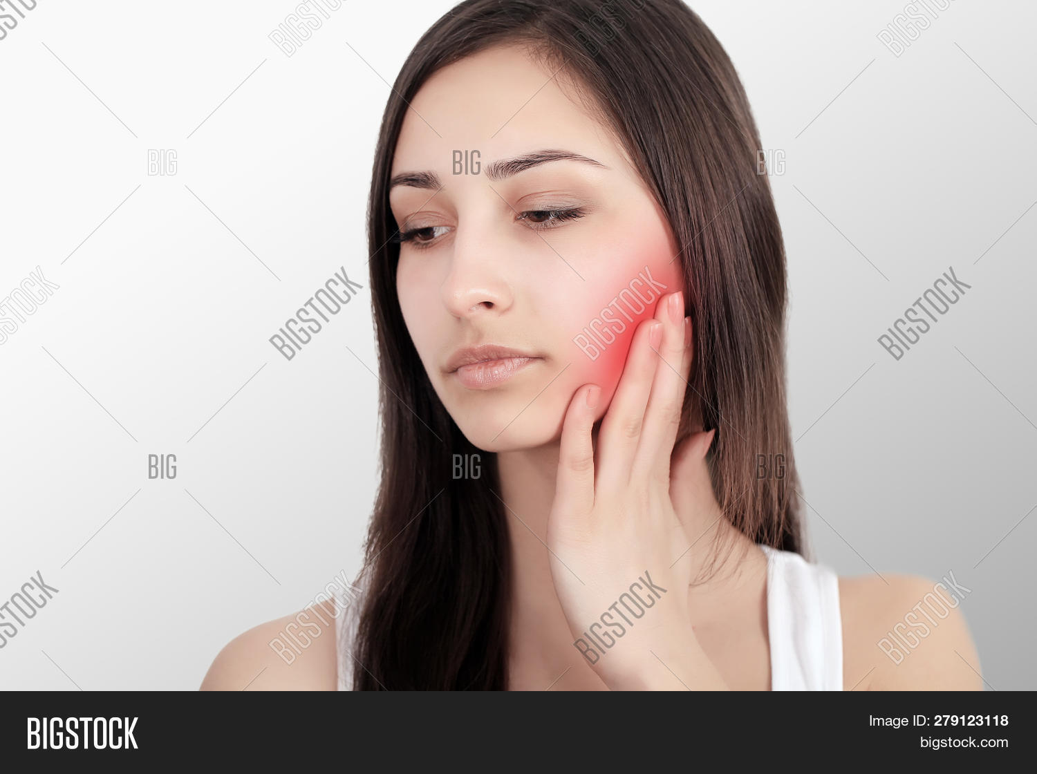 ache,attractive,background,beautiful,beauty,bleeding,brunette,care,caucasian,cheek,cry,dental,eat,eating,face,female,frown,fruit,gingivitis,girl,gum,hand,health,healthcare,healthy,hurt,isolated,jaw,looking,pain,painful,part,portrait,problem,red,sensitive,sensitivity,suffer,tears,teeth,tooth,toothache,touch,white,woman,young