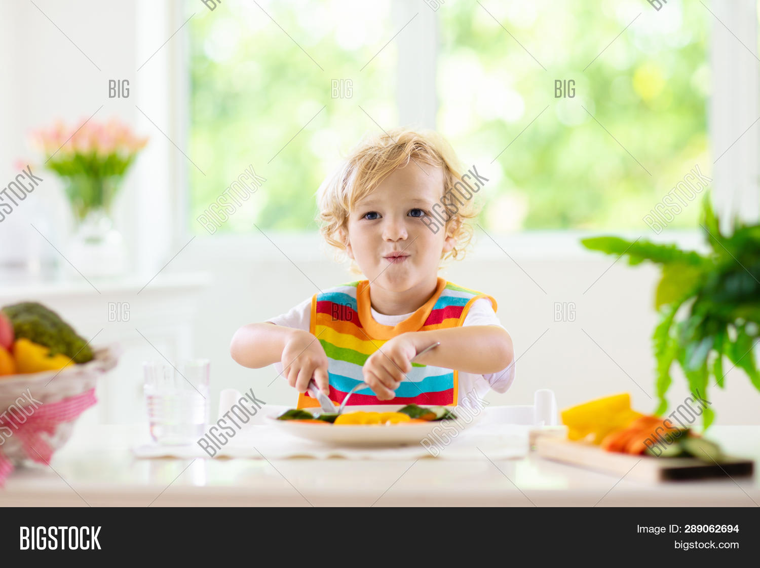 baby,bell,blond,bowl,boy,breakfast,broccoli,cabbage,carrot,chair,child,cook,cucumber,curly,cute,diet,dinner,eat,eating,family,feeding,food,green,happy,healthy,high,highchair,home,homemade,hungry,infant,kid,little,lunch,meal,nutrition,pepper,puree,solid,spoon,table,toddler,tomato,vegan,vegetable,vegetarian,weaning,window,zucchini