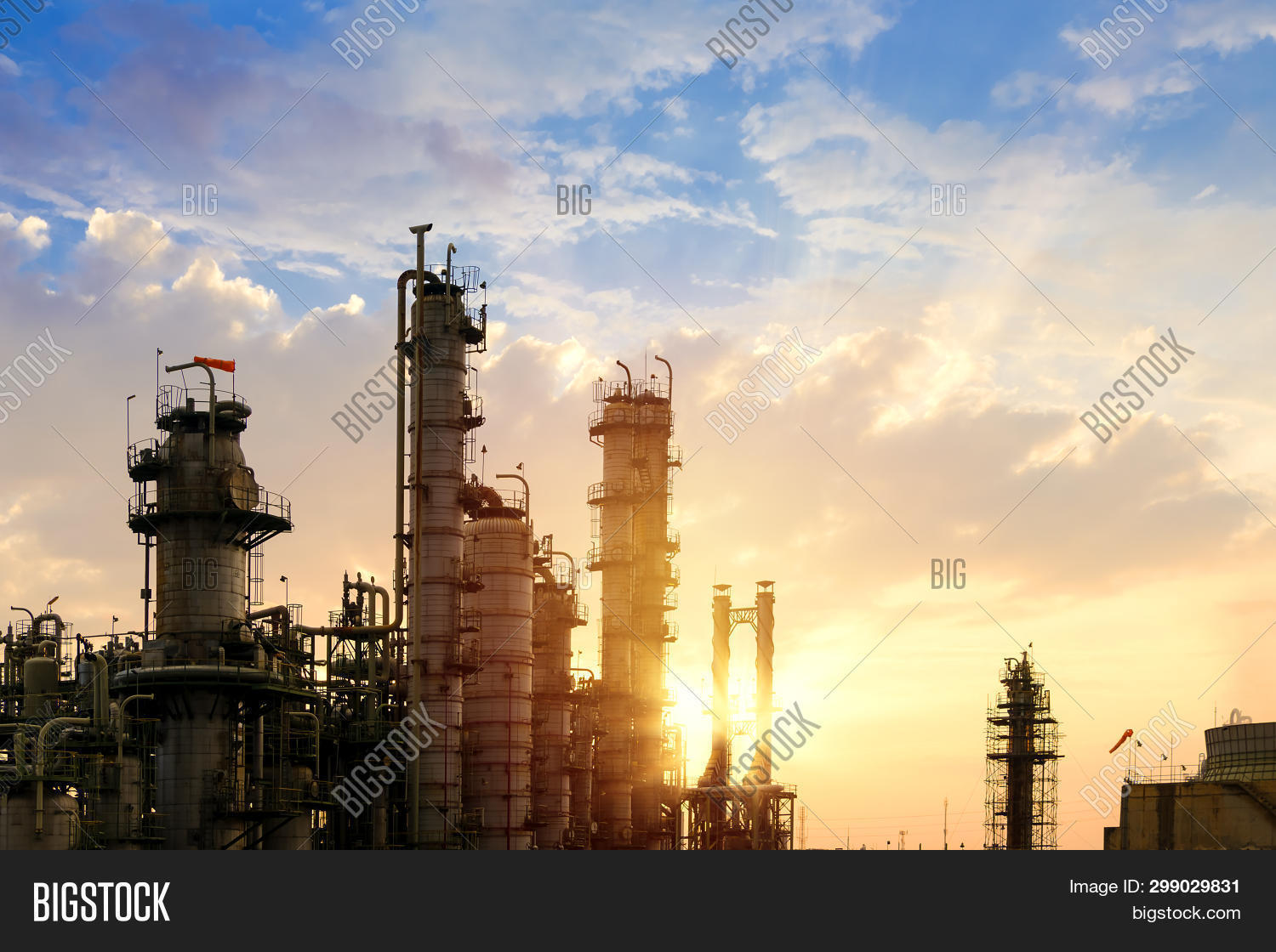 background,blue,business,chemical,chemistry,chimney,construction,distillation,distillery,ecology,economy,energy,engineering,environment,equipment,evening,factory,fuel,gas,gasoline,global,heavy,hydrocarbon,industrial,industry,lighting,machinery,manufacturing,metal,morning,night,oil,petrochemical,petrol,petroleum,pipe,pipeline,plant,pollution,power,production,refinery,sky,smoke,stack,structure,sunset,technology,tower,twilight