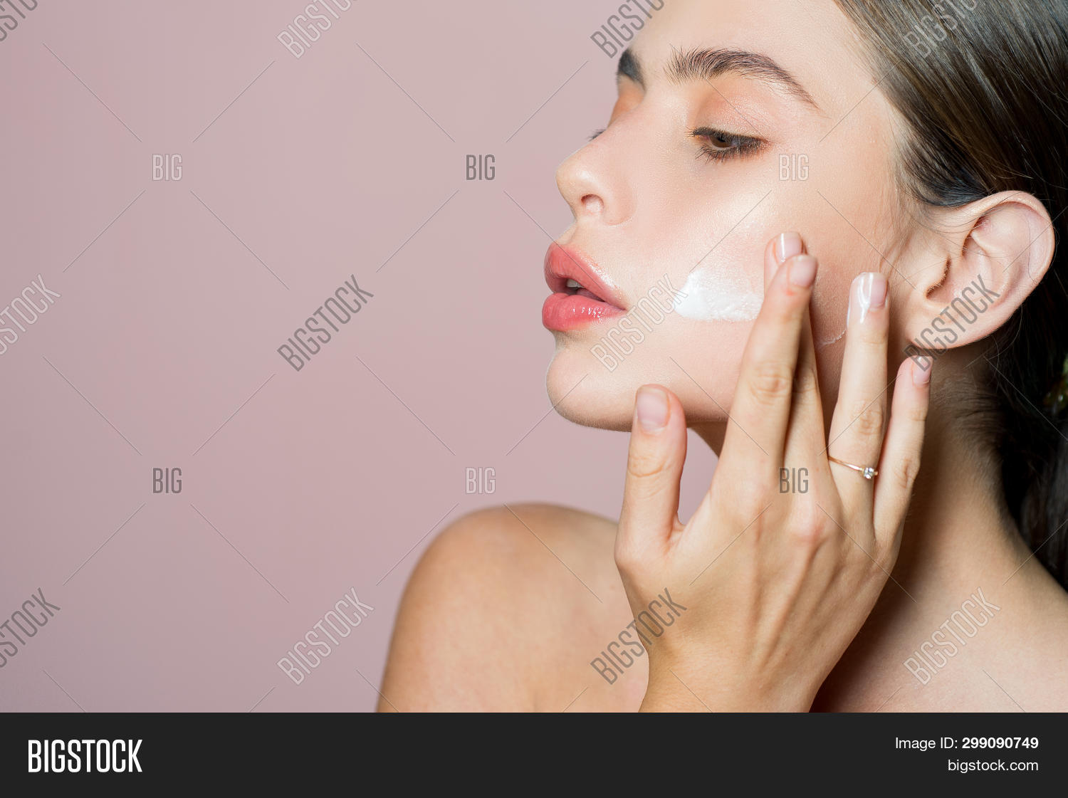 beautiful,beauty,care,concept,cosmetics,cream,elastic,elasticity,face,facial,female,femininity,fresh,freshness,girl,good,health,healthy,her,hydrated,hygiene,keep,mask,moisturizing,natural,perfect,pretty,product,pure,regularly,relax,salon,skin,smooth,soft,spa,spreading,taking,therapy,treatment,wellbeing,wellness,woman
