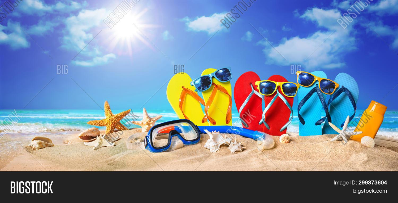 accessories,accessory,adventure,background,banner,beach,coast,coastal,concept,copy space,exotic,family,flip-flop,holiday,horizontal,island,leisure,ocean,paradise,preparation,relax,resort,sand,sandals,scuba,sea,seascape,seashell,seashore,seaside,shell,shore,sky,snorkeling,starfish,summer,sun,sunbathing,sunglasses,sunny,tour,tourism,travel,tropic,tropical,vacation,vintage,voyage,water,weekend