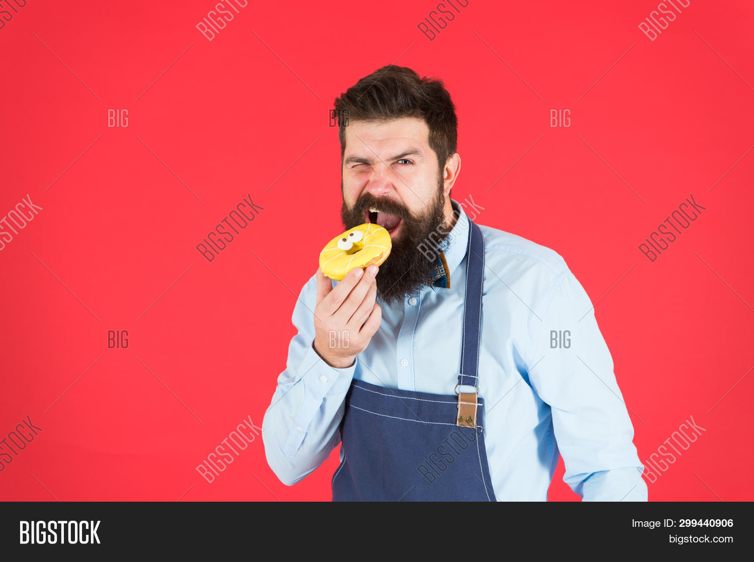 appetite,apron,background,baked,baker,bakery,bearded,bite,bread,cafe,calorie,caucasian,chef,concept,cook,cookery,cooking,cuisine,culinary,cute,dessert,donut,eat,from,glazed,guy,handsome,hipster,hold,hunger,kitchen,look,man,nutrition,red,reduce,restaurant,sweet,to,try,ways,work
