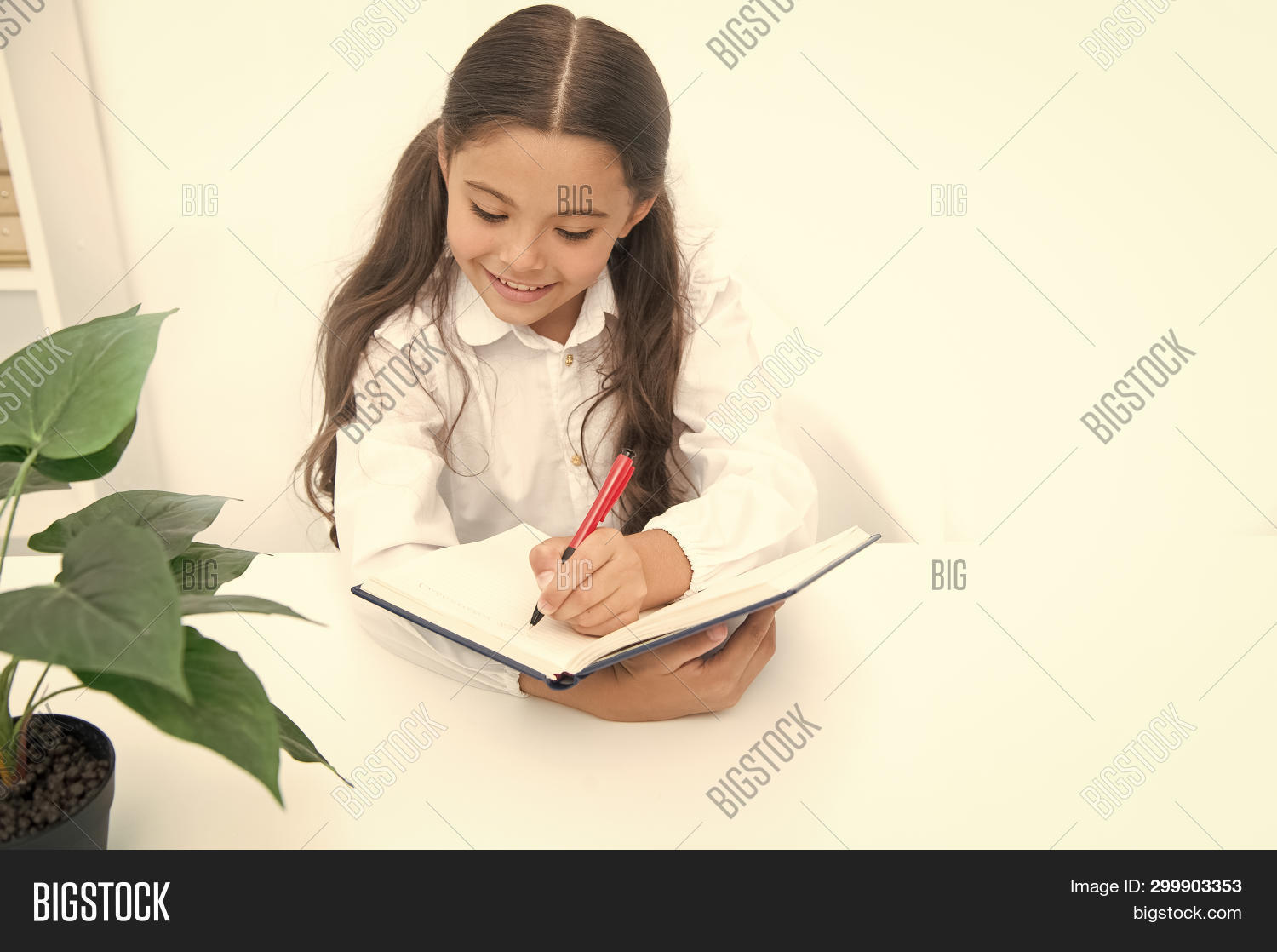 adorable,baby,child,childhood,cute,girl,kid,knowledge,lesson,little,notebook,pen,pupil,school,small,write