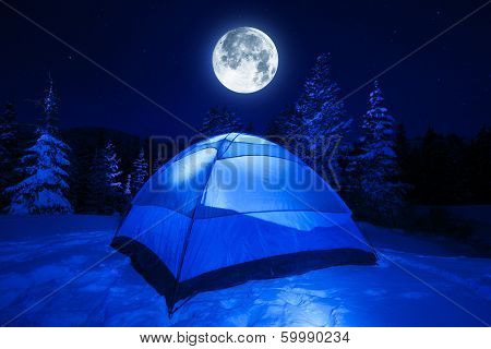Winter Night Camp